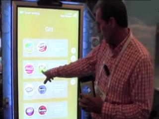 Vending machine that interacts with mobile