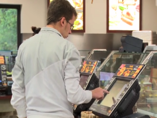 Personalisation & digital innovation in a fast food restaurant